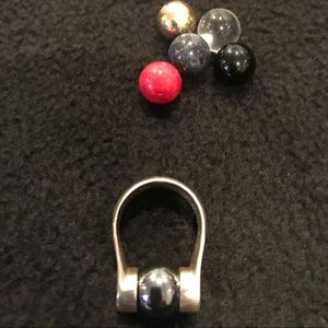Silpada size 8 ring with interchangeable stones